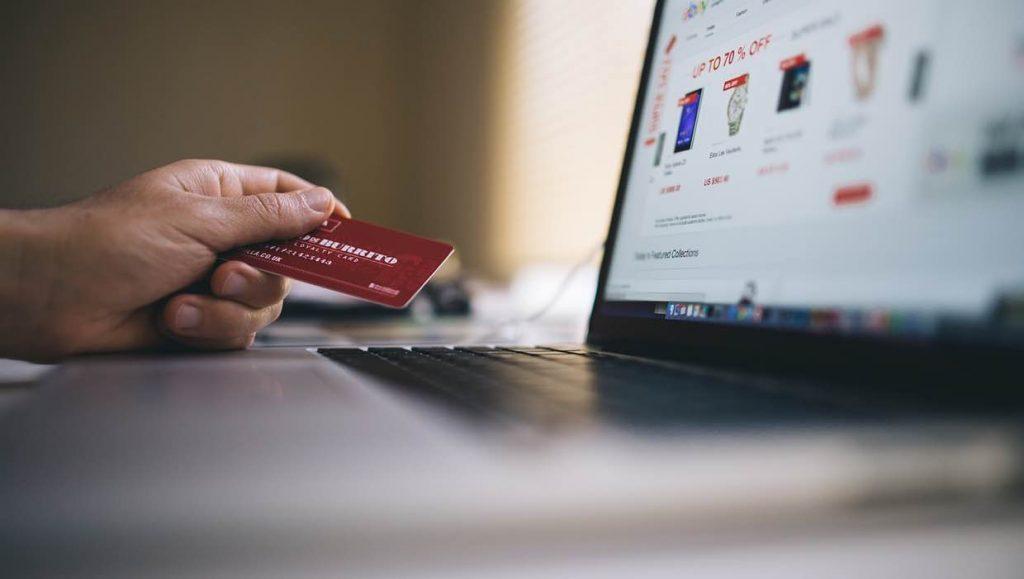 mã giảm giá Lazada tháng 12 dành cho thẻ tín dụng