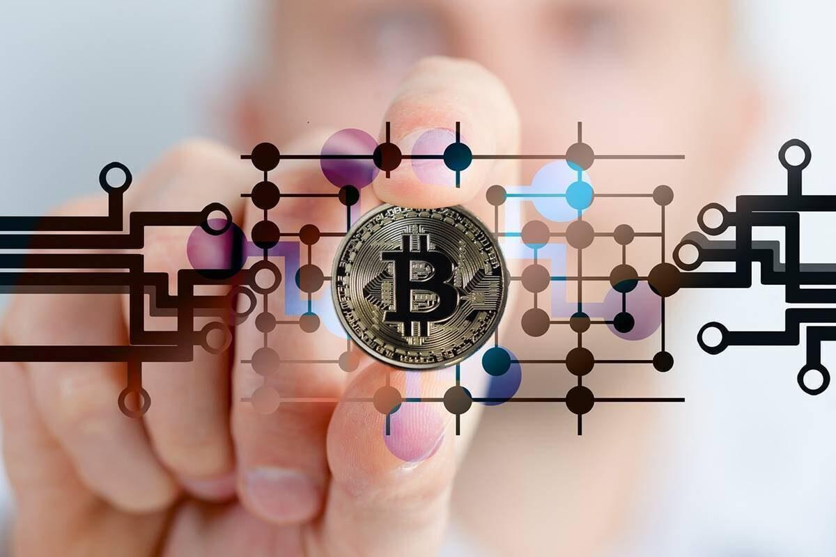 Du doan gia Bitcoin